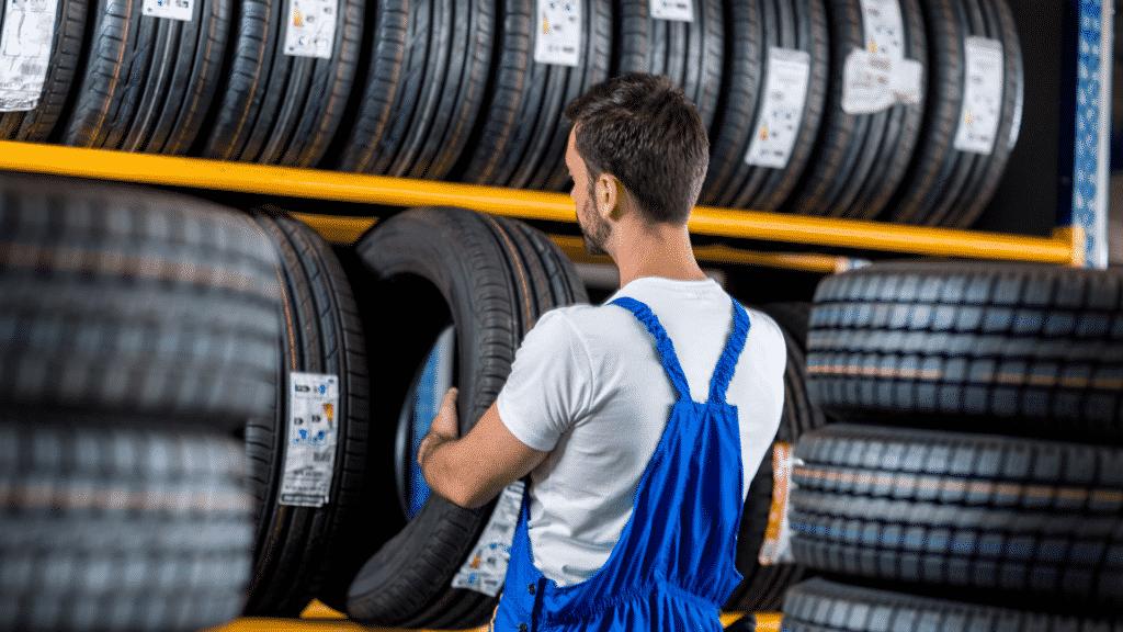 tire mechanic